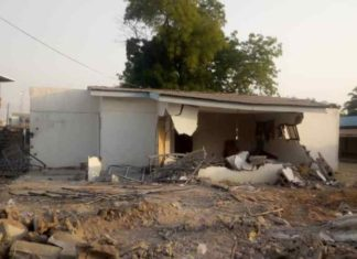 Breaking News: Kwara State Government Demolishes Saraki's Home In Ilorin