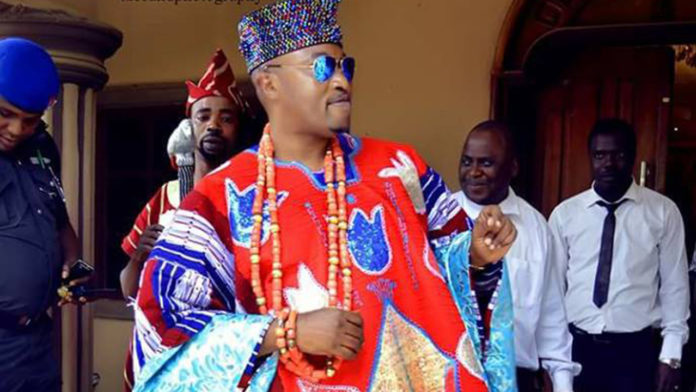 Police To The Rescue As Oluwo Beats Up Another Monarch