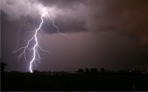 Thunder Strike Kills Family Of Three In Benue