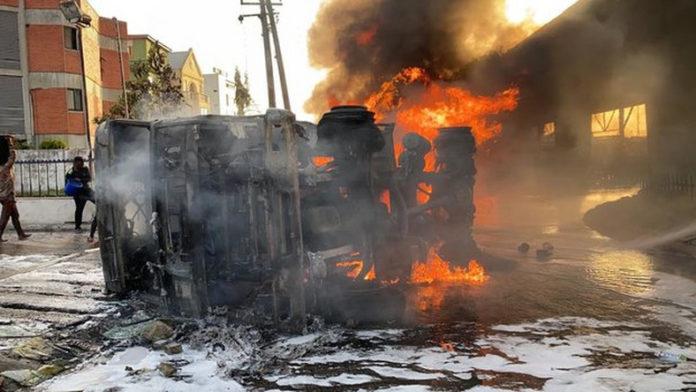 One Dead, Many Injured As Tanker Goes Up In Flames Inside OandO Filling Station