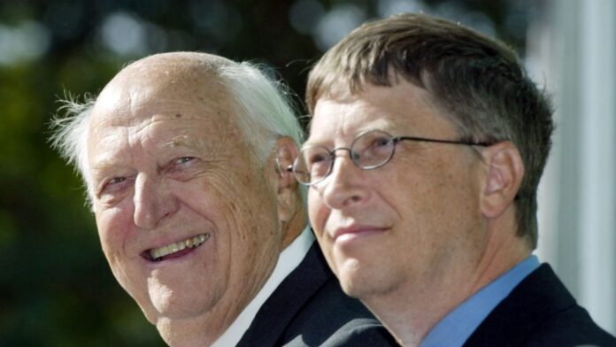 Bill Gates Mourns As His Father Dies